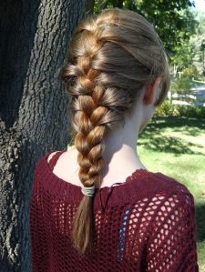 """""""Classic French Braid (2)"""" by Stilfehler - Own work. Licensed under CC BY-SA 3.0 via Wikimedia Commons"""